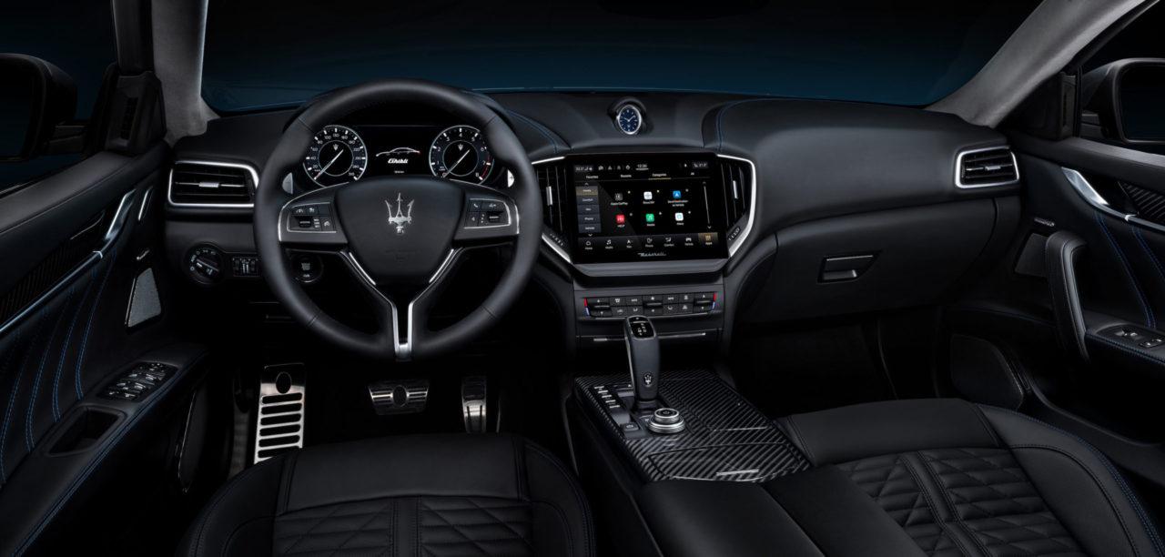 Maserati Ghibli Hybrid Kokpit