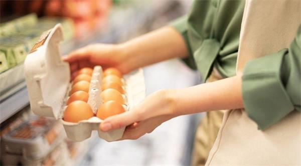 Eczacilar Odasi Baskani Ucar Marketlerdeki selenyumlu yumurtalara dikkat